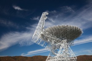 The Green Bank Telescope in West Virginia; one of three telescopes being used in the new Breakthrough Listen initiative to find alien intelligence. Source: Nature.com